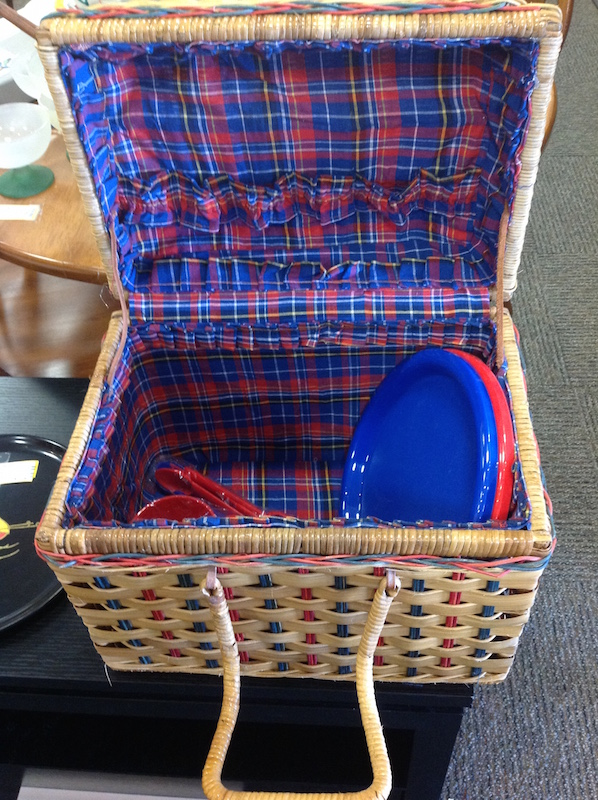 Red Plastic Picnic Basket : Picnic basket for two with red blue dishes cups plastic